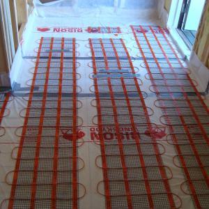 Forberedelser til støping av nytt gulv.